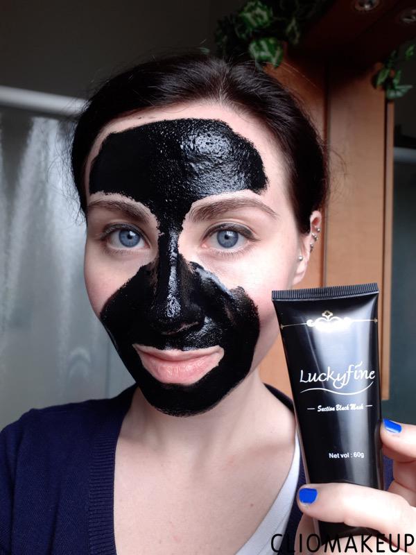 cliomakeup-black-mask-famose-4-luckyfine