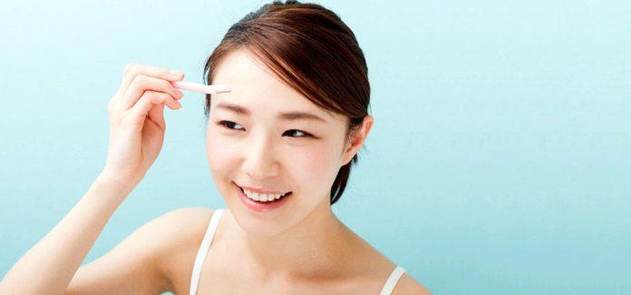 Cliomakeup-metodi-depilazione-sopracciglia-11