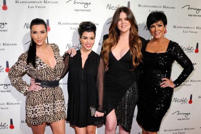 ClioMakeUp-genitori-agenti-celebrity-manager-vip-kardashian