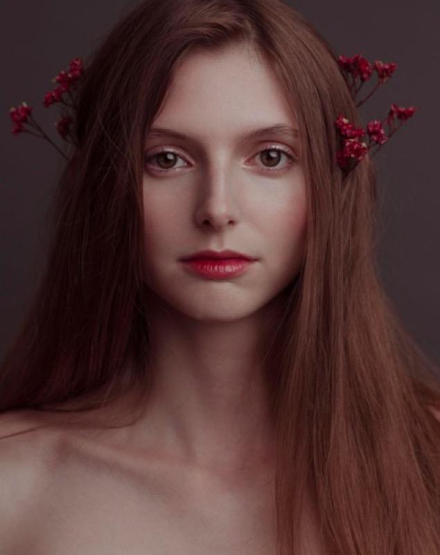 ClioMakeUp-pelle-perfezza-senza-difetti-modelle-regole-come-si-curano-skincare-2.jpg