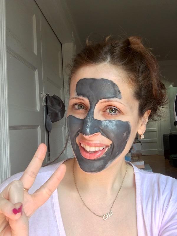 ClioMakeUp-maschere-argilla-pura-loreal-opinioni-recensione-nera