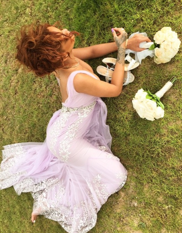 ClioMakeUp-celebrity-damigelle-vestiti-matrimonio-rihanna-abito