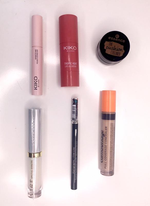 ClioMakeUp-flop-aprile-2017-prodotti-eyeliner-rossetto-top-coat-11