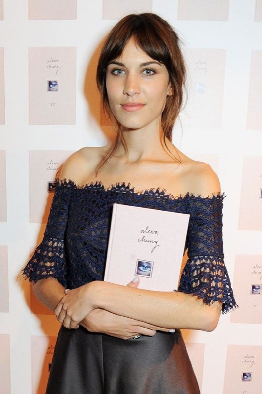 ClioMakeUp-it-girl-instagram-famose-foto-influencer-blogger-alexa-chung