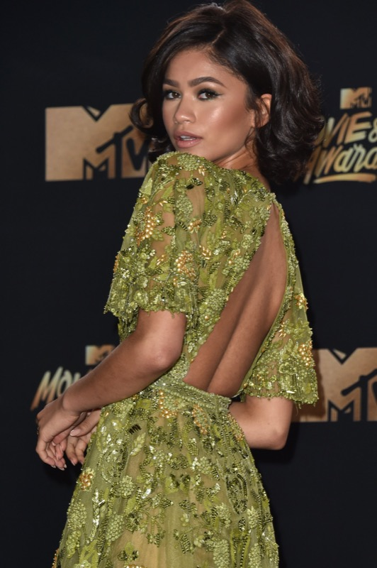 ClioMakeUp-MTV-Movie-Tv-Awards-prodotti-beauty-look-red-carpet-trucchi-star-celebrity-moda-outfit-46