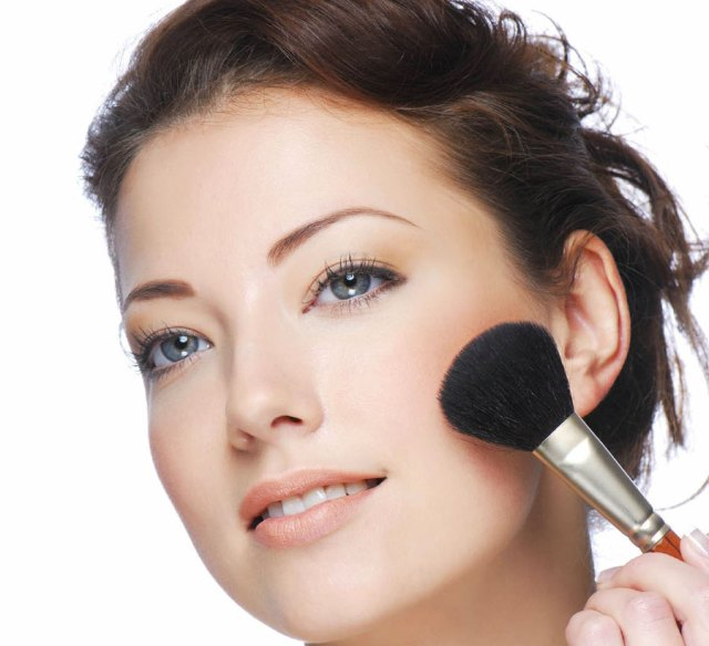 ClioMakeUp-blush-low-cost-preferiti-clio-team-17