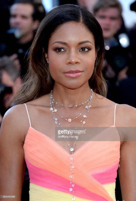 cliomakeup-cannes-2017-look-makeup-prima-giornata-14