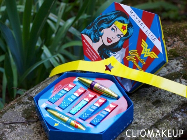 ClioMakeUp-Wonder-Woman-Maybelline-rossetti-smalti-mascara-big-shot-kit-film-swatch-teamclio