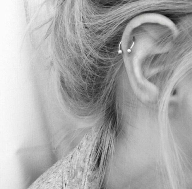 ClioMakeUp-piercing-2017-orecchie-corpo-tendenze-moda--2