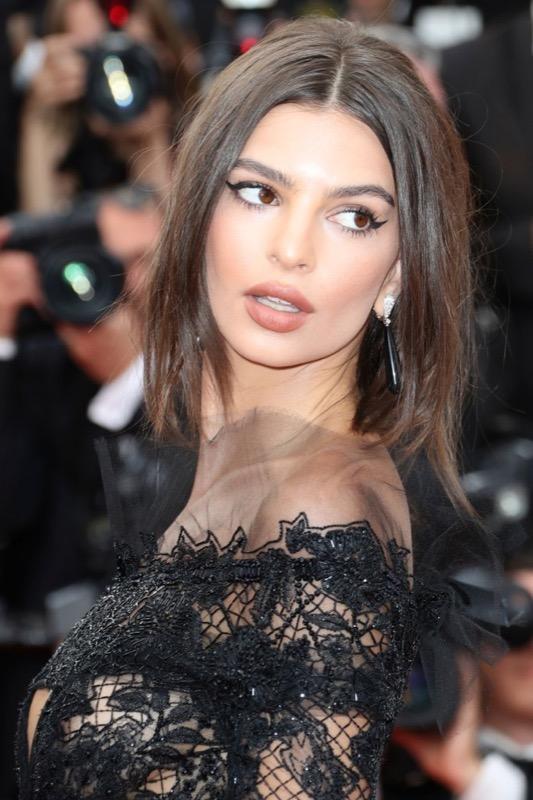 ClioMakeUp-meglio-di-cannes-2017-look-abiti-makeup-celebrity-red-carpet-23