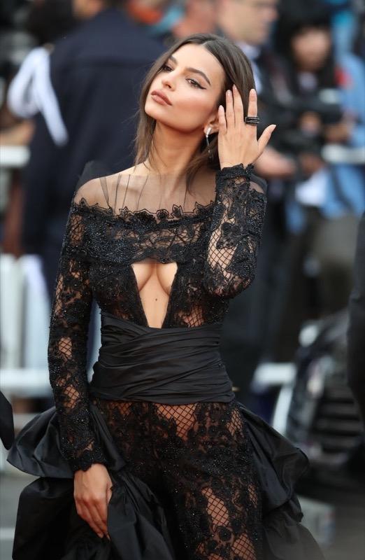 ClioMakeUp-meglio-di-cannes-2017-look-abiti-makeup-celebrity-red-carpet-22