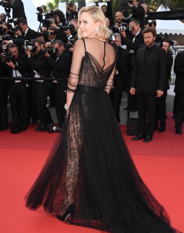 ClioMakeUp-meglio-di-cannes-2017-look-abiti-makeup-celebrity-red-carpet-7