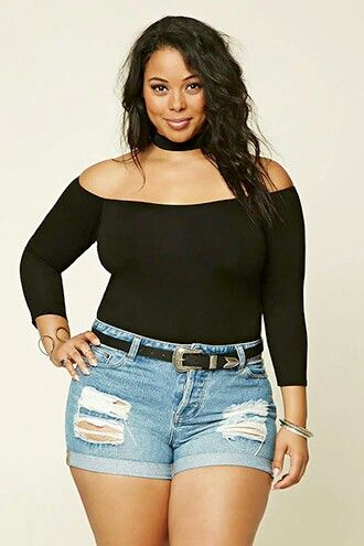 ClioMakeUp-shorts-jeans-denim-curvy-body-type-come-abbinare-indossare-.3