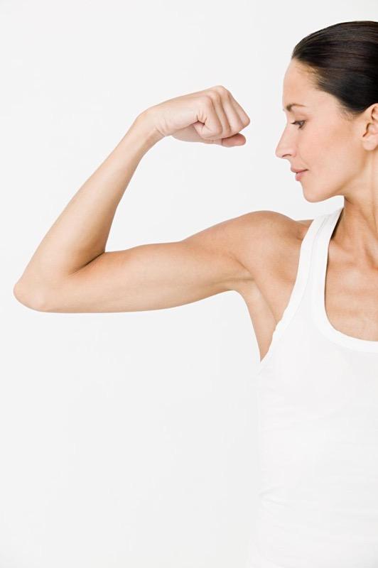 ClioMakeUp-braccia-toniche-sexy-esercizi-allenamento-15