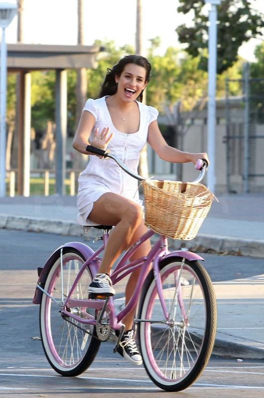 ClioMakeUp-sport-che-rendono-piu-felici-corsa-bicicletta-nuoto-ballo-crossfit-14
