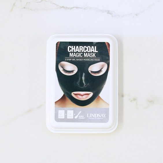 cliomakeup-rubber-mask-9-carbone