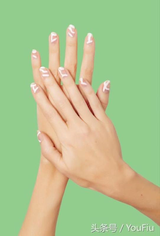 ClioMakeUp-unghie-nail-art-estate-idee-ispirazioni-moda-14