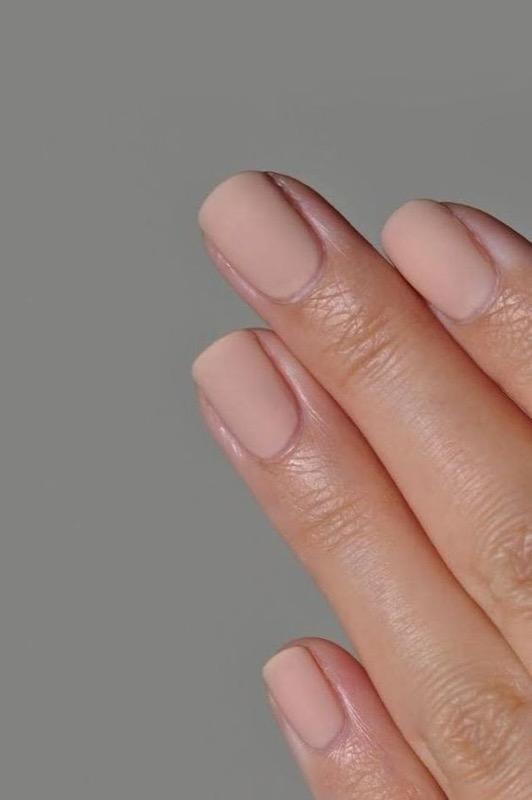 ClioMakeUp-nail-art-unghie-corte-facili-semplici-eleganti-moda-manicure-pois-righe-puntini-28