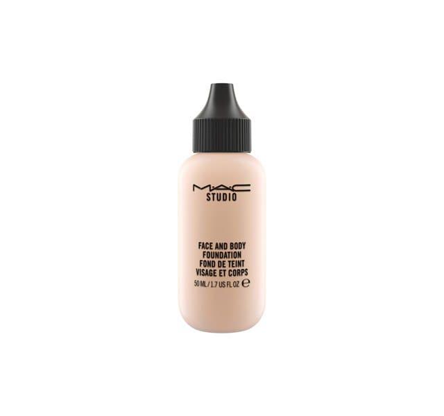 cliomakeup-migliori-prodotti-waterproof-2-fondotinta