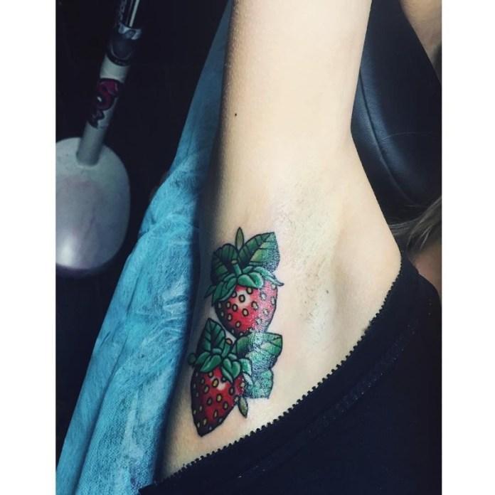 ClioMakeUp-tattoo-sotto-ascelle-trend-nuovo-originale-insolito-doloros-16