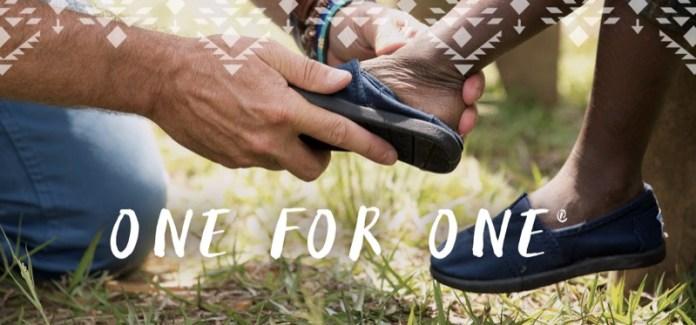 ClioMakeUp-toms-brand-iniziative-benefiche-scarpe-occhiali-sole-accessori-beneficienza-15