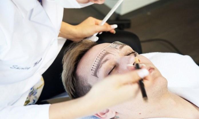 cliomakeup-microblading-vs-tatuaggio-sopracciglia-trucco-permanente-4