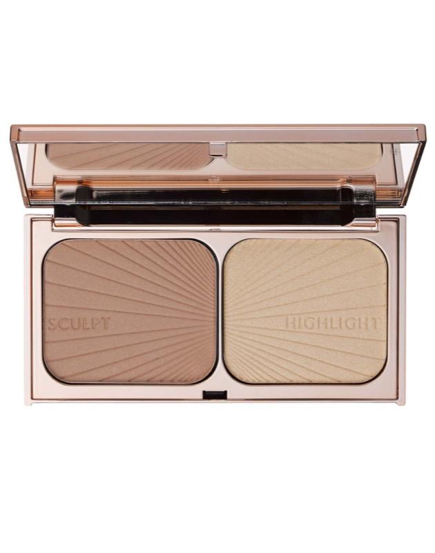 ClioMakeUp-contouring-pelle-chiarissima-consigli-ispirazioni-beauty-come-realizzarlo-1