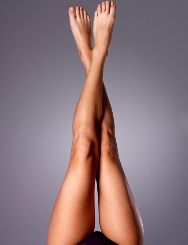 ClioMakeUp-gambe-pesanti-stanche-gonfie-rimedi-4