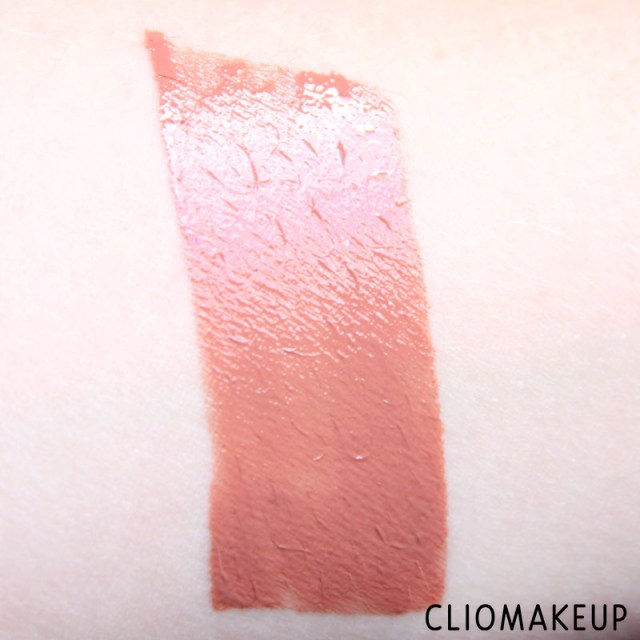 cliomakeup-recensione-gloss-vivid-hot-lacquer-maybelline-6