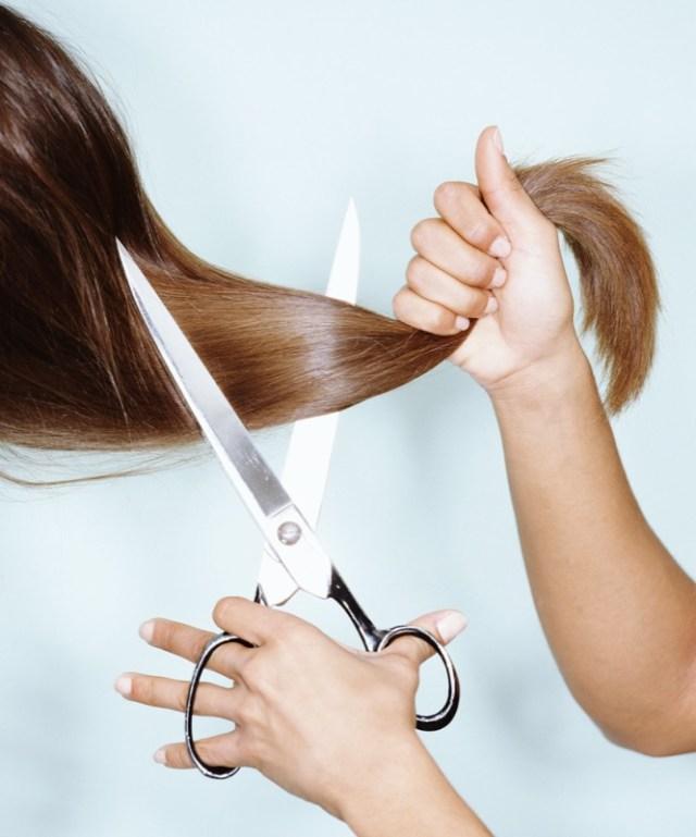 Ogni quanto vanno tagliati i capelli  Ecco la  risposta definitiva ... b0ce10113125