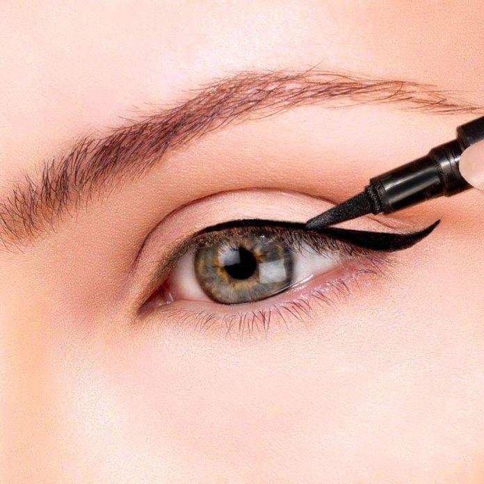 cliomakeup-eye-liner-codina-metodi-applicazione-1