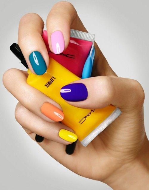 cliomakeup-manicure-multicolor-3-colori-pop
