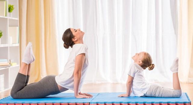 cliomakeup-yoga-per-rassodare-il-seno-6