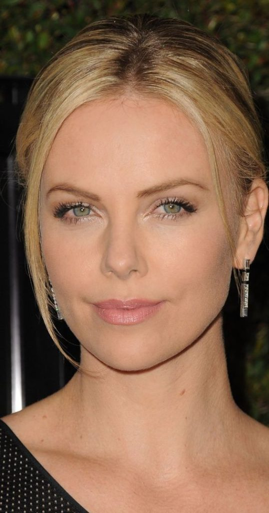 cliomakeup-attrici-piu-pagate-9-charlize-theron