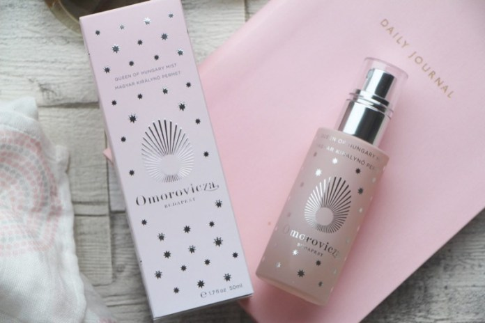 cliomakeup-top-team-settembre-2017-omorovicza-queen-of-hungary-facial-mist-4