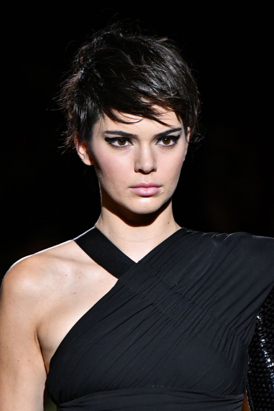 cliomakeup-tendenze-makeup-sfilate-17-tom-ford-eyeliner