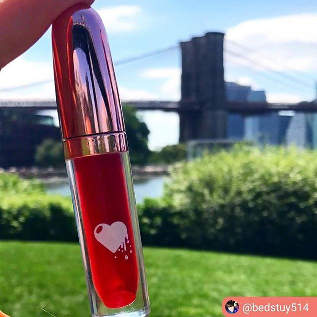 ClioMakeUp-liquidlove-fire-kiss-rossetto-rosso-freddo-liquido-no-transfer-matt-opaco-8