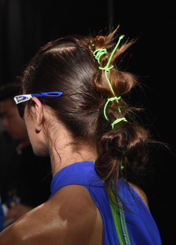 cliomakeup-acconciature-capelli-lisci-18-kaia-gerber