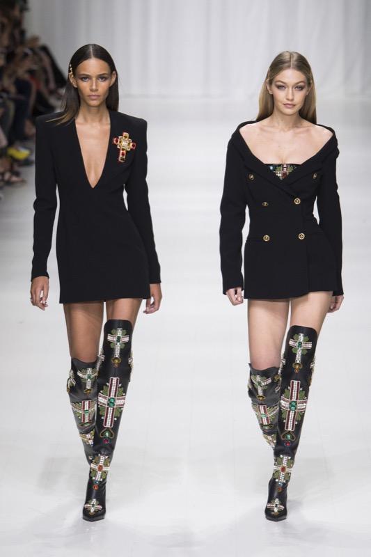 cliomakeup-versace-top-model-anni-90-naomi-campbell-claudia-schiffer-carla-bruni-cindy-crawford-helena-christensen-milano-fashion-week-7