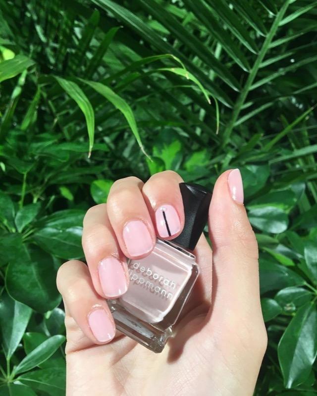 cliomakeup-tendenze-unghie-sfilate-3-nail-art