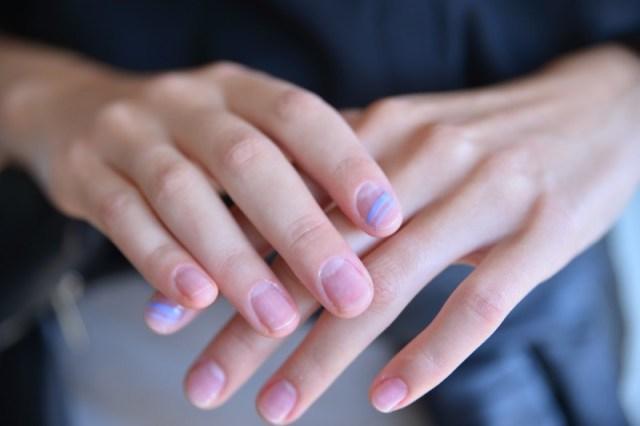 cliomakeup-tendenze-unghie-sfilate-6-nail-art