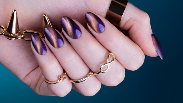 cliomakeup-unghie-cat-eye-manicure-smalto-magnetico-8