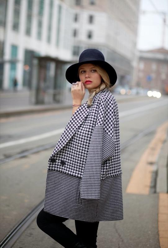 ClioMakeUp-cappotti-inverno-2017-modelli-in-voga-fashion-ispirazioni-stagione-19
