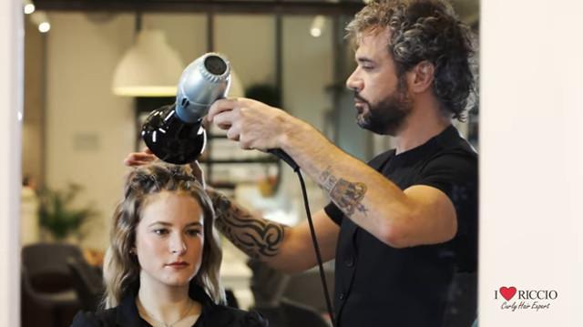 cliomakeup-prodotti-per-capelli-mossi-volume-13