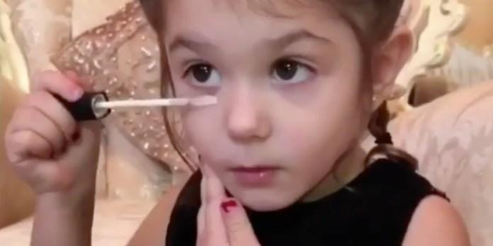 cliomakeup-beauty-guru-3-anni-1-makeup
