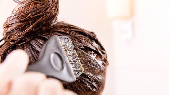 Ogni quanto fare la tinta per non rovinare i capelli  Facciamo ... ea54084b5e68