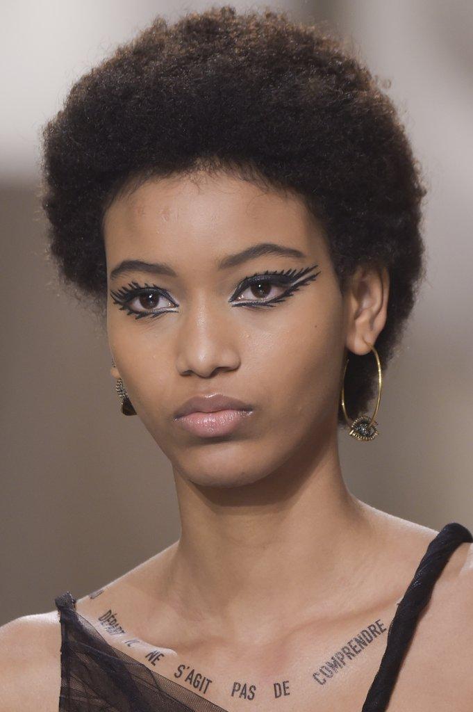 cliomakeup-bold-eyeliner-sarah-tanno-6