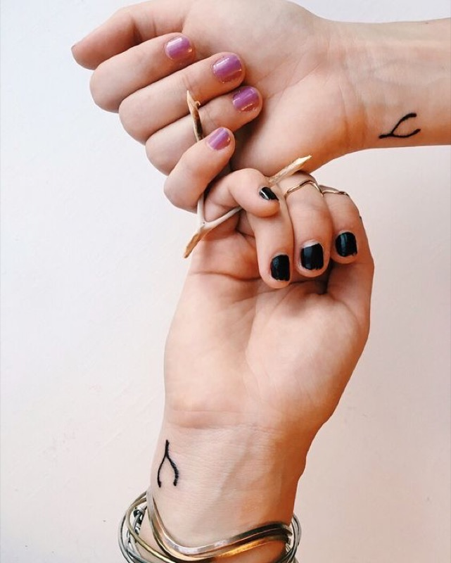 cliomakeup-tatuaggi-sorelle-2-pollo