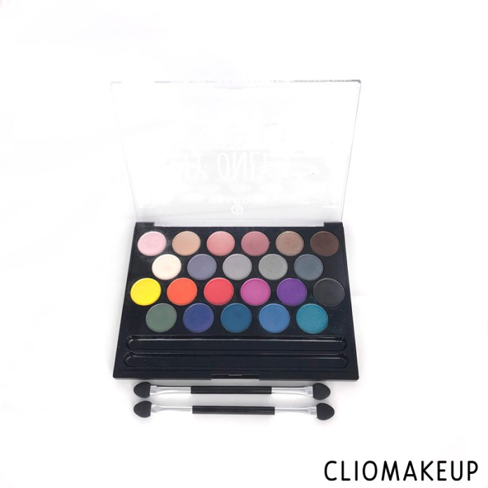 cliomakeup-recensione-palette-occhi-essence-my-only-one-eyeshadow-palette-4