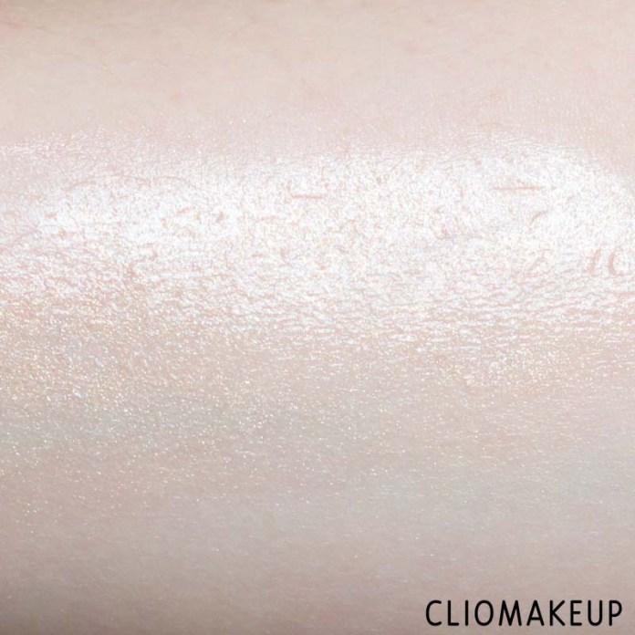 cliomakeup-recensione-illuminante-corpo-fenty-beauty-body-lava-8